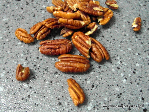 pecans lower cholesterol levels. Fact.