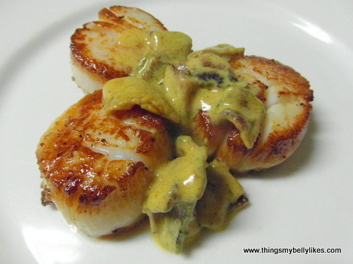cooking scallops - a first for this blog