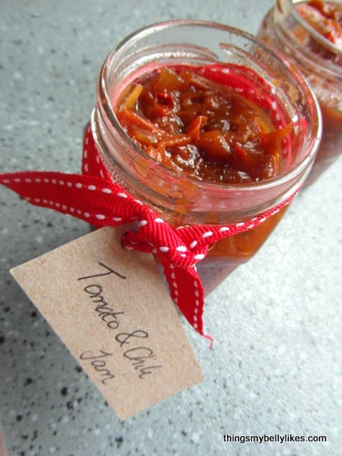 nothing says 'Merry Christmas' quite like jam