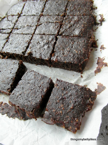 flourless and very moist - what more could you ask for in a brownie?!
