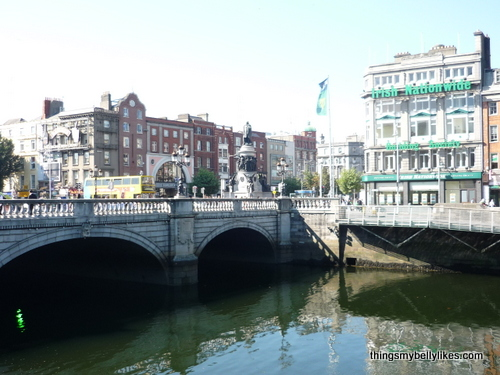 The river is the Liffey, the bridge is